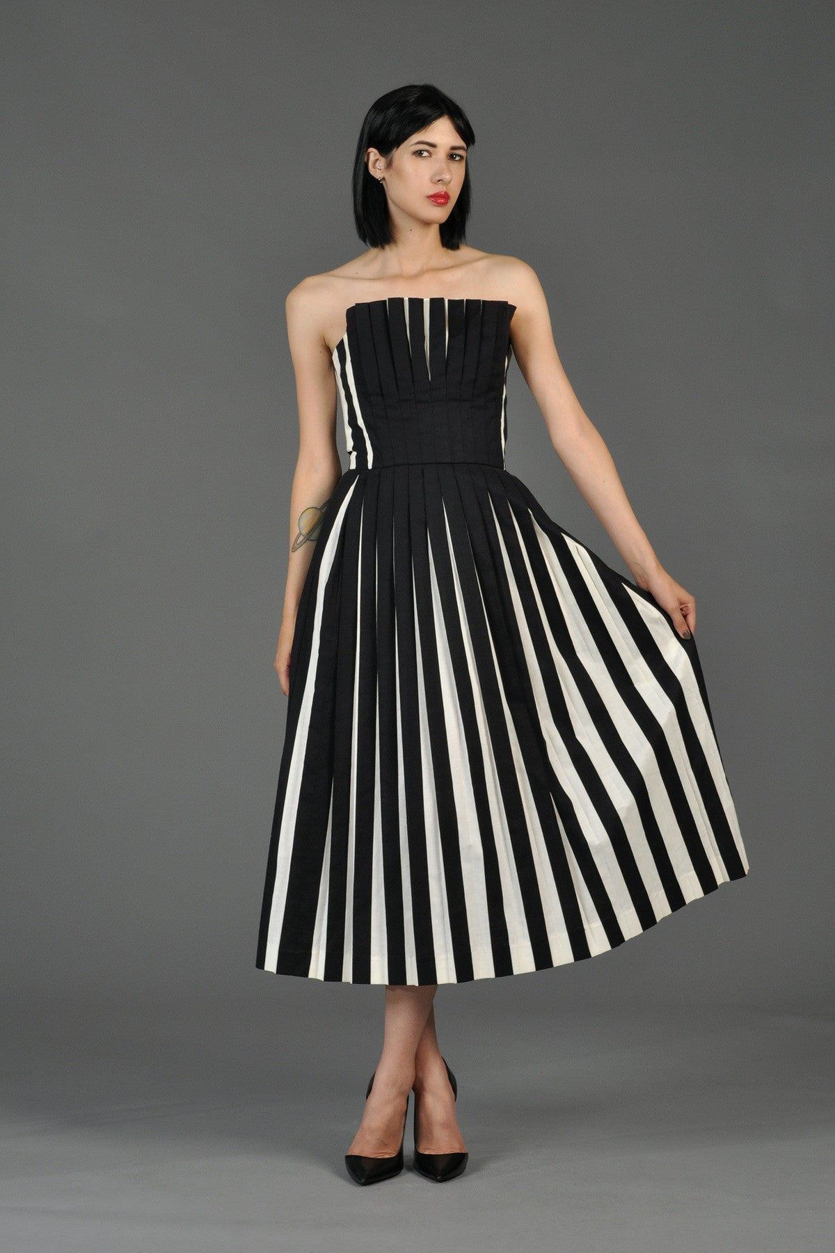 Victor Costa Black + White Pleated Cocktail Dress | BUSTOWN MODERN