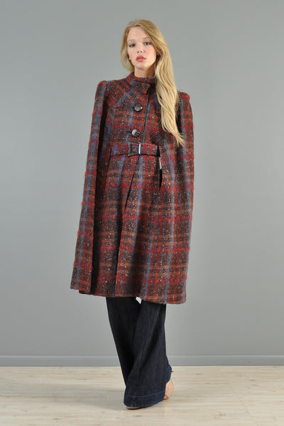 1940s Plaid Wool Cape with Wooden Details | BUSTOWN MODERN