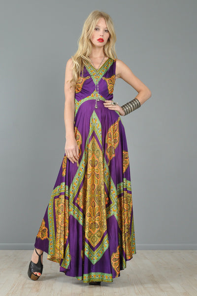 Ethnic 1970s Maxi Dress With 360 Sweep