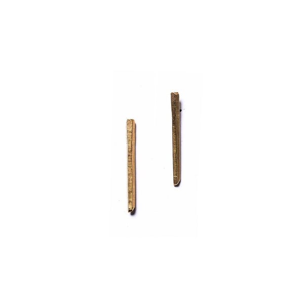 Short Cuarzo Stud Earrings Brass