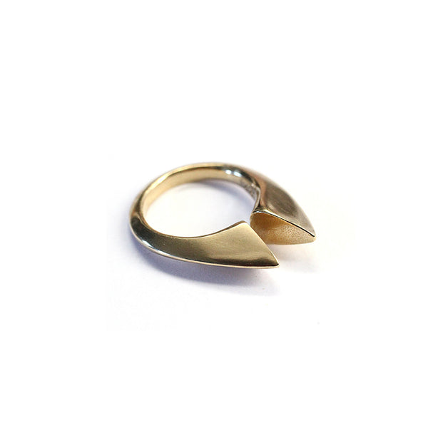Double Peak Ring Brass