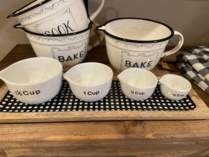 Farmhouse Style Measuring Cups