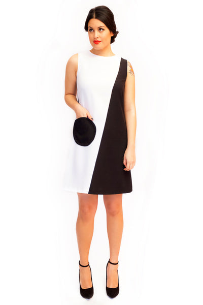 Audrey Circle Pocket Dress in Black and White