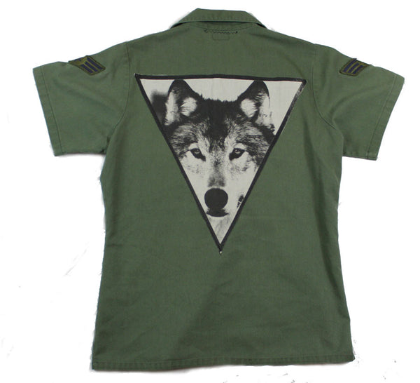 Short-Sleeve Army Green Button Down: The Wolf