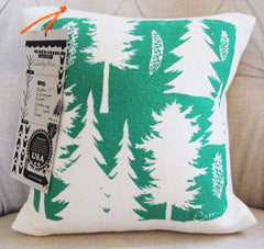 Cotton and Solvent-Free Emerald Pine Cushion