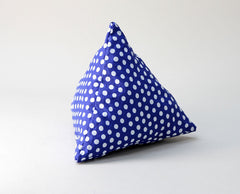 Coffee Bean-Filled Pyramid Cushion