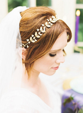 Ania Headband in Gold & Lulu Veil Close up