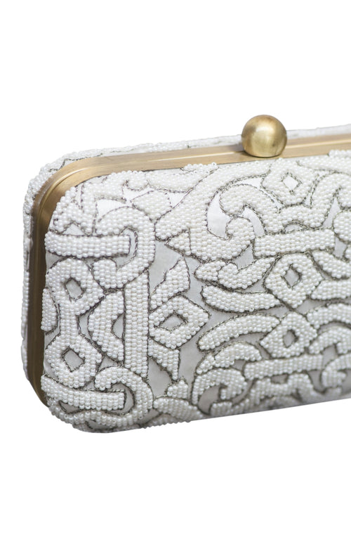 DELANCEY CLUTCH- OFF WHITE