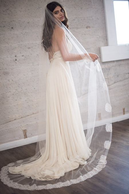 ANABELLE VEIL- IVORY