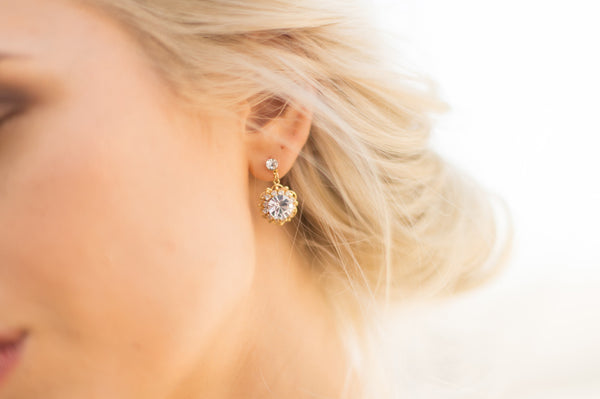 PETUNIA EARRINGS- GOLD/CLEAR
