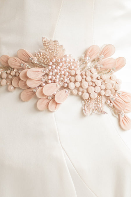 DAPHNE HEADPIECE- BLUSH