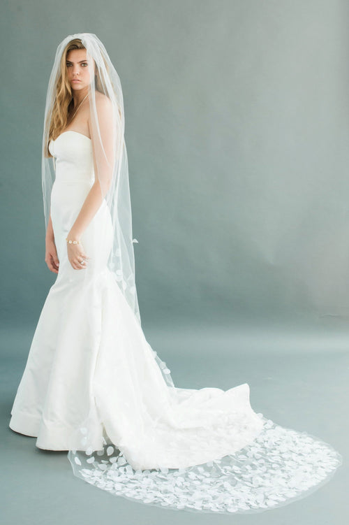 "PETAL VEIL 108"" WIDE- DIAMOND WHITE"