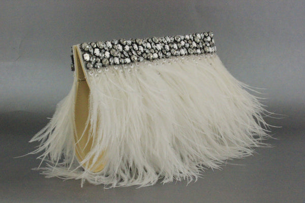 NAOMI CLUTCH- OFF WHITE