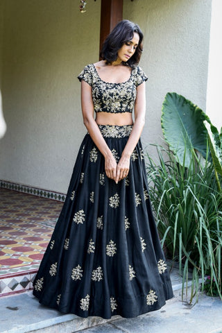 Black Color Beautiful Attractive Designer Bridal Lehenga-Bridal Lehenga Store CME031