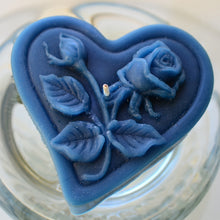 Load image into Gallery viewer, navy blue floating heart candle with rose motif for wedding reception centerpieces