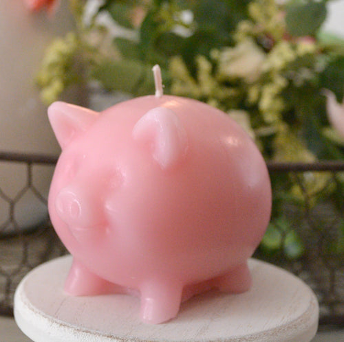 This little pig candle