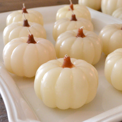 white/ivory pumpkin candles