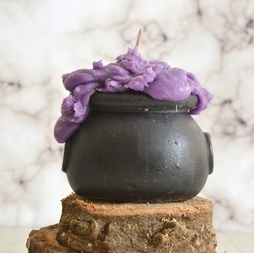 witches cauldron candle