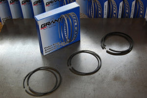 Grant piston rings for Triumph in stock!