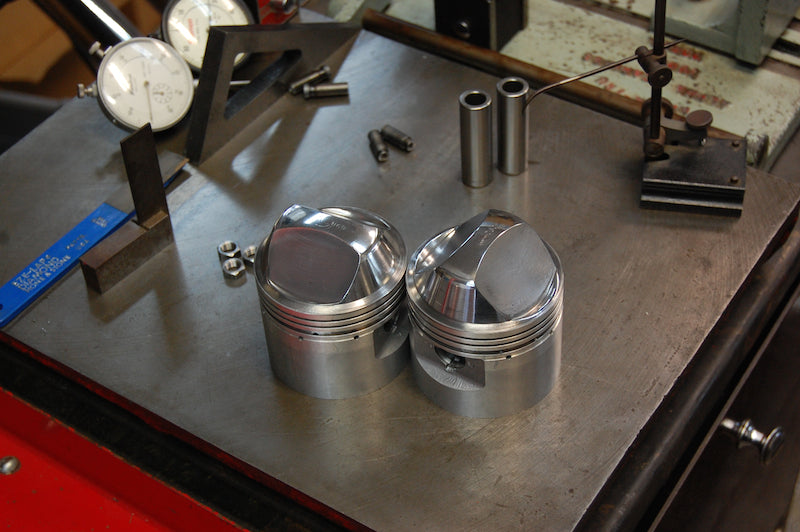 Triumph high compression pistons