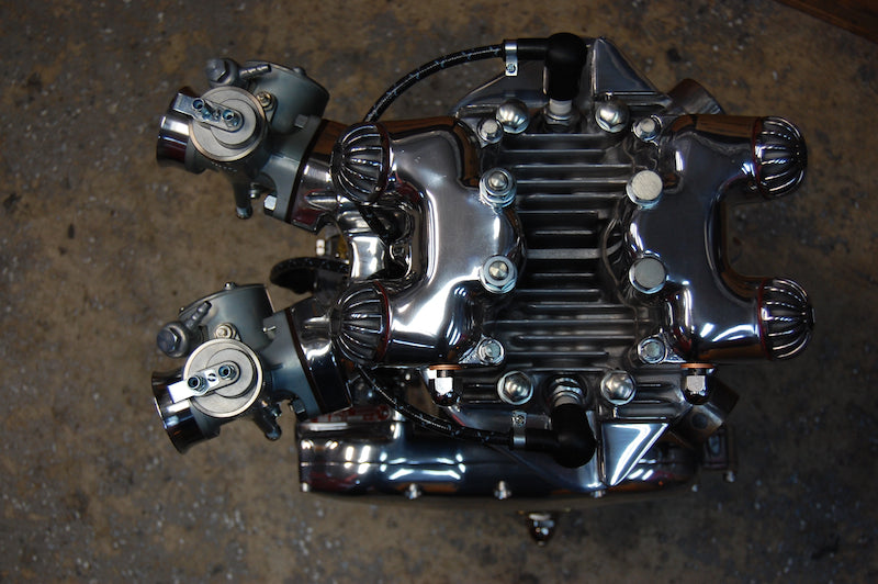 T110 Triumph engine