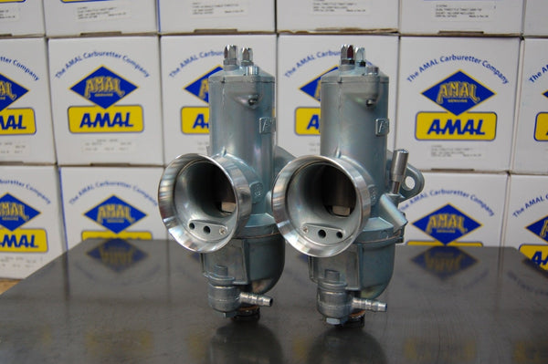 Amal Premier 932 850 Commando Concentric carburetors