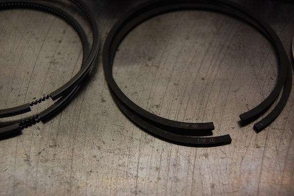 Triumph Hepolite 750 twins piston and ring kit