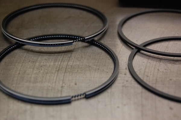 Hepolite T140 Triumph piston rings oil ring