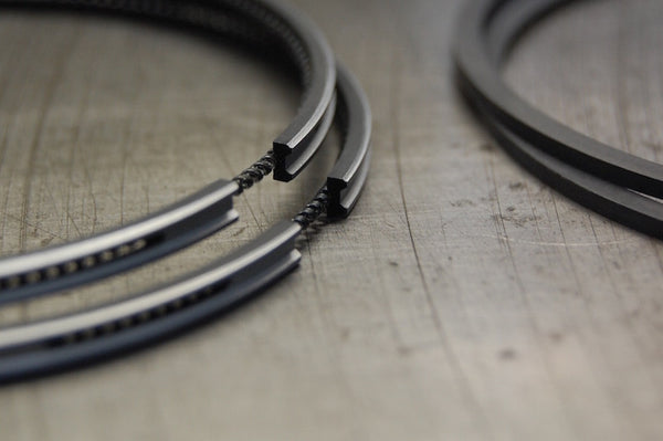 Triumph T140 TR7 Hepolite piston oil control ring