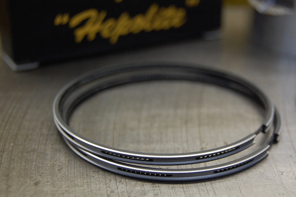 Hepolite Triumph oil control ring for 650 engines