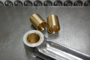 Triumph wrist pin bushing set