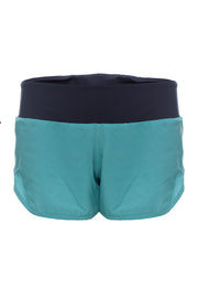 Shorts Basic Color Verde Água