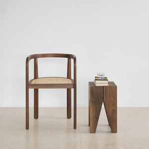 ST04 Backenzahn Side Table / Stool