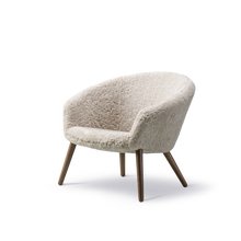 Load image into Gallery viewer, Ditzel Lounge Chair Sheepskin