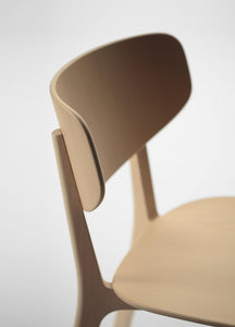 Roundish Chair (wooden seat)