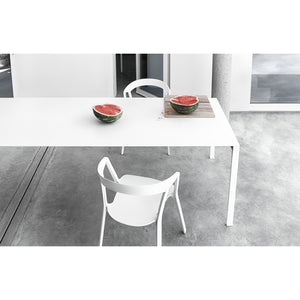 Thin K extendable table