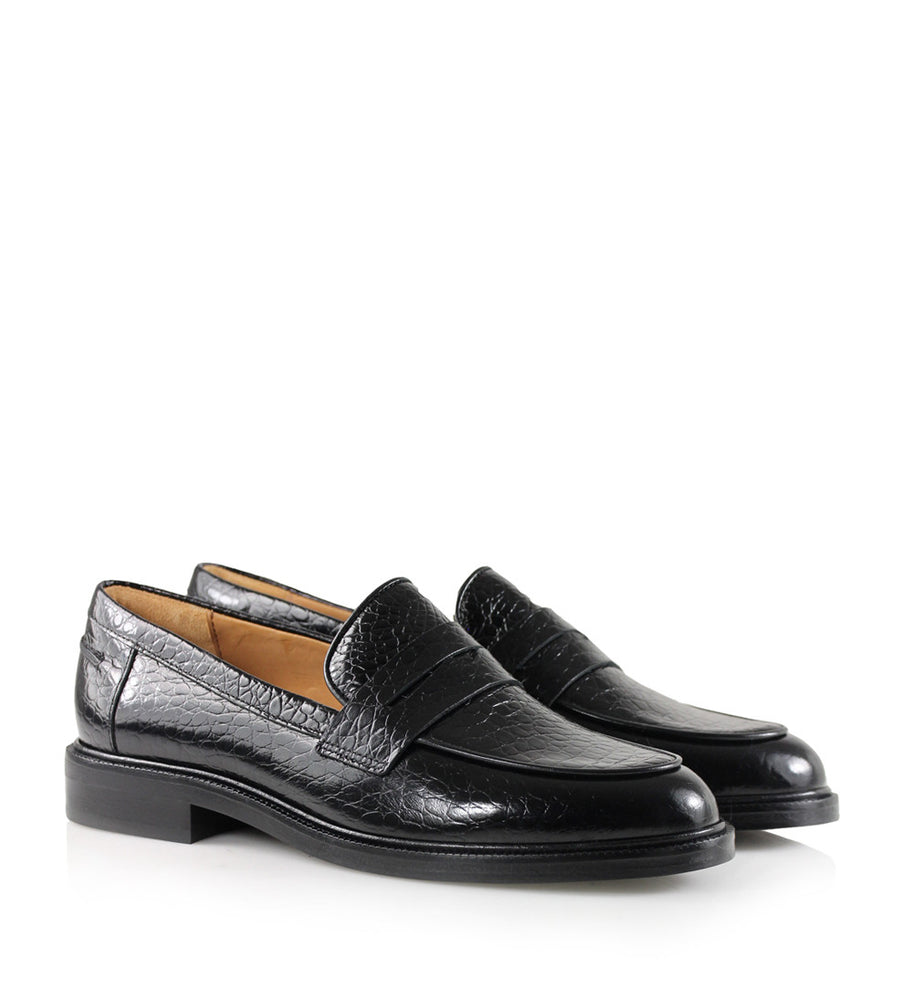 Billi Bi Black Loafers