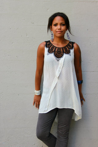 Crochet Top in Black & White - Indiverve
