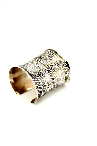 Flower Etched Cuff in Silver - Indiverve