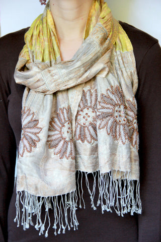Embroidered Flower Scarf - Indiverve