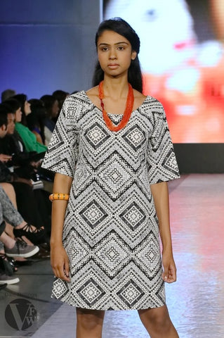 Asymmetric Beaded Necklace in Orange - Indiverve