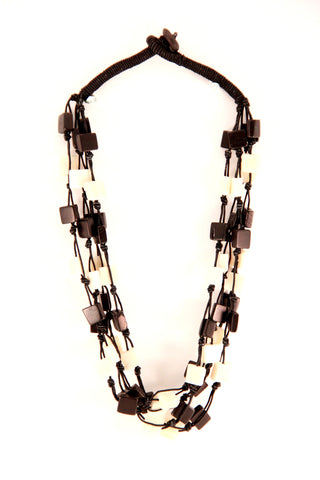 Black and White Beaded Necklace - Indiverve