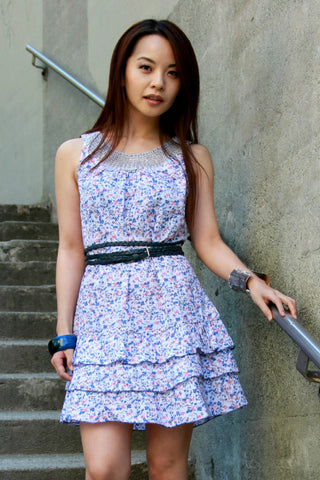 Floral Print Dress with Blue Ruffles - Indiverve