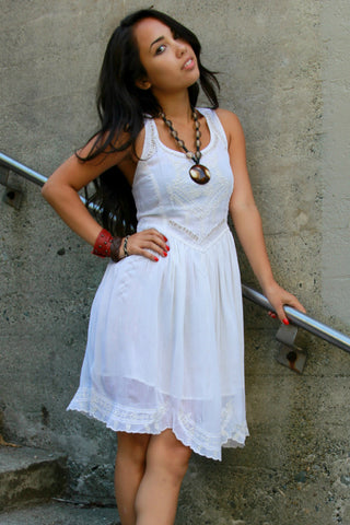 Embroidered Lace Dress in White - Indiverve