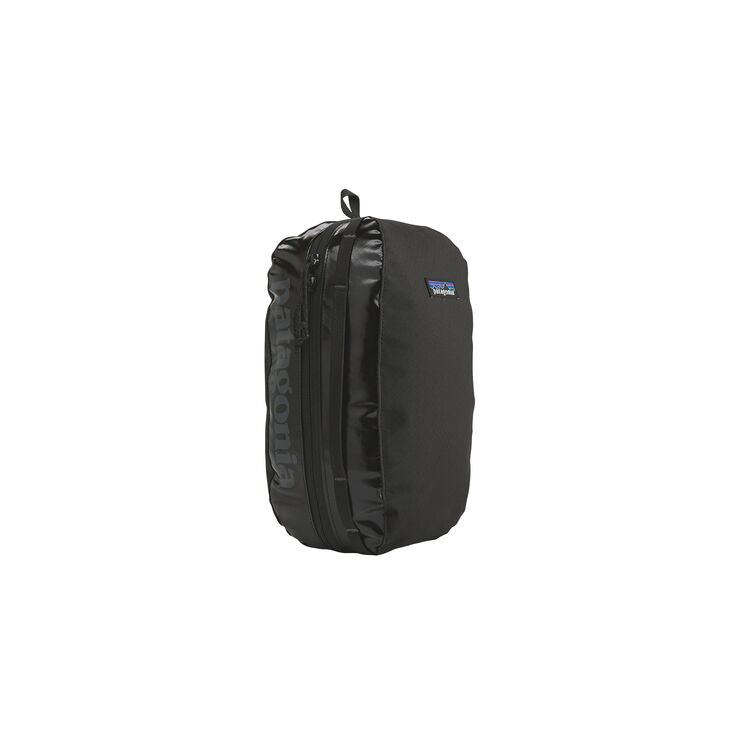 Patagonia Black Medium Black Hole Cube