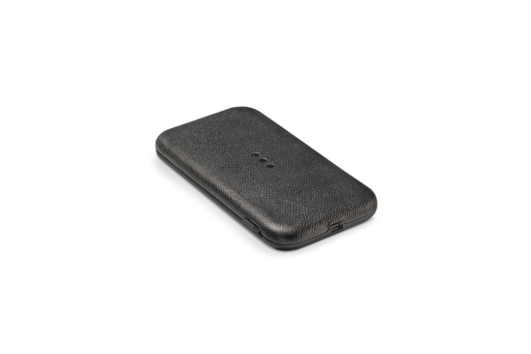 Courant Black Carry Wireless Charger