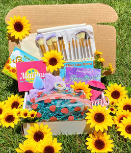 Peachy Summer Box