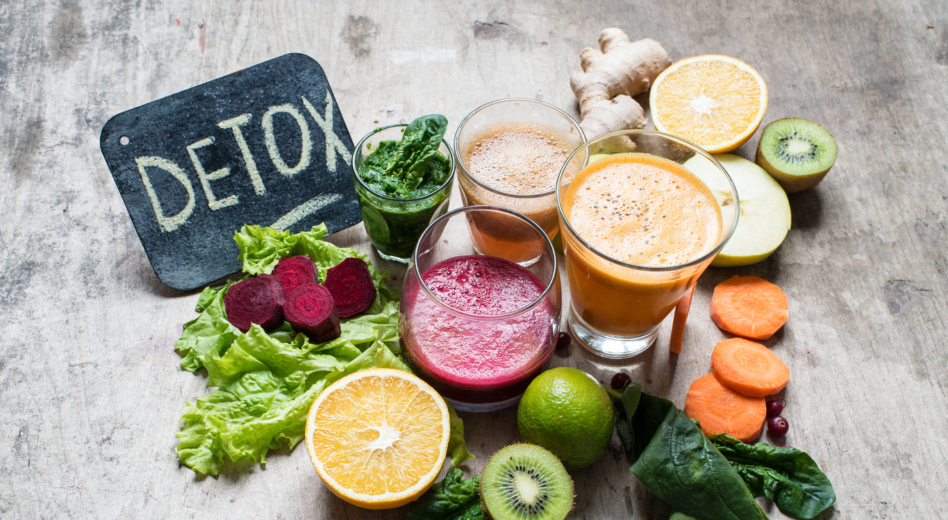 Detoxing: Daily Routines, Supplements  & Holistic Health Hacks