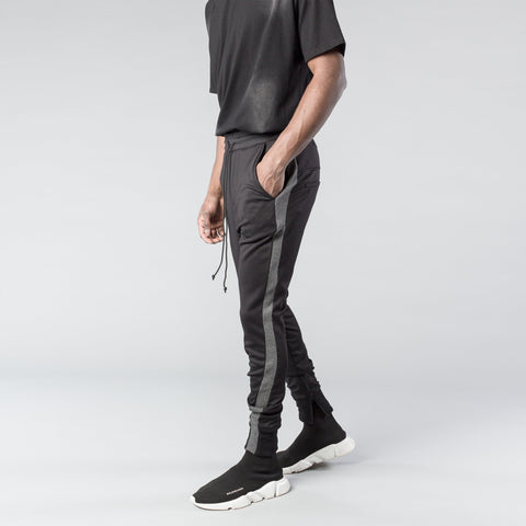 The Overlap Track Pant in Black