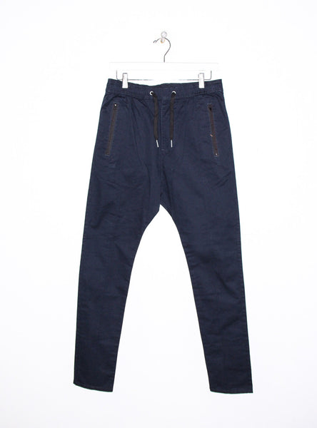 Cyamo Chino in Dark Navy